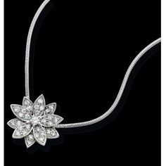Pre-owned Van Cleef & Arpels Lotus Collection Diamond Necklace ($7,500) ❤ liked on Polyvore featuring jewelry, necklaces, diamond pendant jewelry, diamond pendant, round necklace, preowned jewelry and diamond necklace