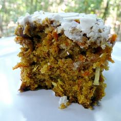 The Best Vegan Carrot Cake Recipe Ever @keyingredient #cake #vegan #easy