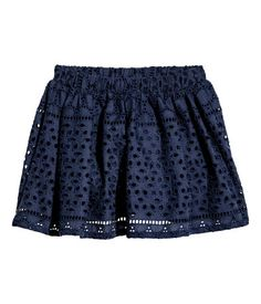 Welcome to H&M, we offer fashion and quality clothing at the best price in a sustainable way. Stylish Outfits, Kids Outfits, Cute Outfits, H&m Online, Lace Shorts, Skater Skirt, Fashion Online, Kids Fashion, Skirts