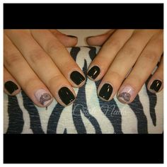 Nails negro con encaje