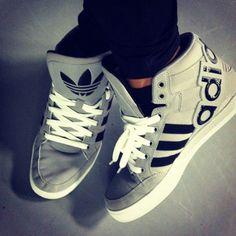 Adidas Fan!