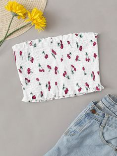 To find out about the Cherry Print Frill Trim Shirred Bandeau Top at SHEIN, part of our latest Women Tops ready to shop online today! Cropped Tops, Cute Crop Tops, Tube Top Outfits, Teen Fashion Outfits, Trendy Outfits, Boho Fashion, Girl Fashion, Cute Summer Outfits, Cute Outfits