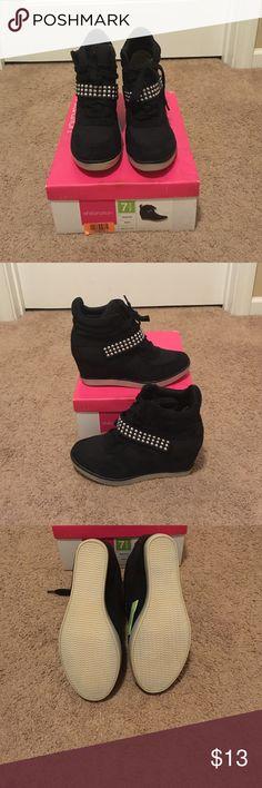 Wedge heel sneakers NWOT Wedge heel sneakers Xhilaration Shoes Sneakers