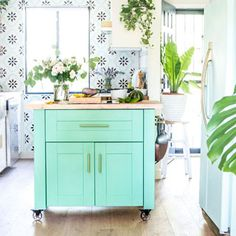 Beautiful easy DIY kitchen island (or kitchen cart on wheels) in modern farmhouse & colorful boho kitchen! Free building plan with IKEA base cabinet hack! Diy Kitchen Island, Boho Kitchen, Kitchen Cart, Cool Diy, Easy Diy, Christmas Planters, Fall Planters, Diy Bed Frame, Pine Cone Crafts