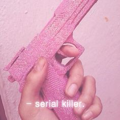 + My Inner Pink Monster + Girls and guns/Arm Girls Soft Grunge, Pale Tumblr, Orihime Bleach, Pink Guns, My Favorite Color, My Favorite Things, Everything Pink, Color Rosa, Up Girl