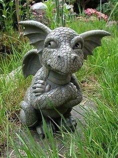 Ars-Bavaria Sceptical Dragon Figure Gargoyle Garden Ornament