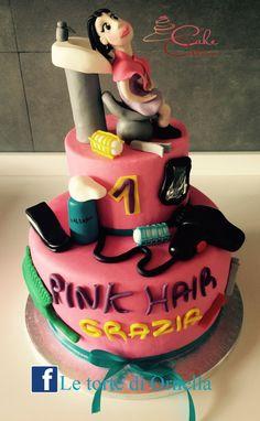 #hairstilist# #parrucchiere# #asciugacapelli# #phon# #capelli# #moda# #acconciature# #cake#
