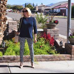 Haute Business (@helengreenwell) • Instagram-Fotos und -Videos Capri Pants, Business, Videos, Instagram, Fashion, Moda, Fashion Styles, Capri Trousers, Store