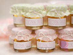 słodkie miody jako upominki dla gości