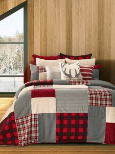 Beautiful Damascus Reversible Quilt Set Bedding Furniture from top store Plaid Bedroom, Plaid Bedding, Bedroom Decor, Lodge Bedroom, Bedroom Linens, Bedroom Stuff, Bed Linens, Bedroom Sets, Entryway Decor