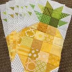 """125 Likes, 7 Comments - Tracy Hansen (@tracysbitsnpieces) on Instagram: """"I needed an easy, mindless project for quilt retreat this weekend so that I could focus on laughing…"""""""