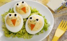 Little chicks Kiri mimosa Cooking With Kids, Fun Cooking, Cooking Recipes, Cute Food, Good Food, Bento And Co, Edible Food, Salad Sandwich, How To Eat Better
