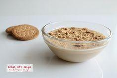 ¡Un delicioso postre con un auténtico y suave sabor a galleta que te encantará! http://postresentreamigos.com/crema-de-galletas/