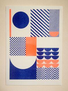 Suzanne Antonelli – Happiness. Suzanne Antonelli a un univers graphique fort. Avec des formes géométriques basiques, elle parvient à créer des motifs qui fonctionnent aussi bien sur le papier…