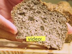 Although they do not believe it, there is a bread without gluten, ZERO flour, fiber and not only does it not get fat … it thins! Recipes Phase I Recipes with quinoa to reduce cholesterol Gluten Free Baking, Gluten Free Recipes, Bread Recipes, Vegan Recipes, Cooking Recipes, Pan Sin Gluten, Pan Bread, Low Carb Bread, Light Recipes