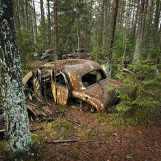 Wheels Gone By likewise Photos further Googie The Atomic Age in addition encontrosetrocadecasais blogspot together with 304978205988601277. on old car city usa abandoned cars 236