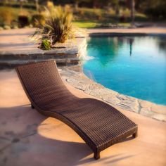 Incredible Outdoor Design Ideas With Lounge Chairs On Edge Of Pool