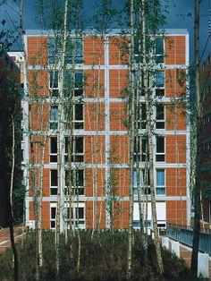 Renzo Piano Building Workshop - Projects - By Type - Rue de Meaux Housing Tectonic Architecture, Architecture Images, School Architecture, Contemporary Architecture, Interior Architecture, Student House, Renzo Piano, Parisian Apartment, Social Housing