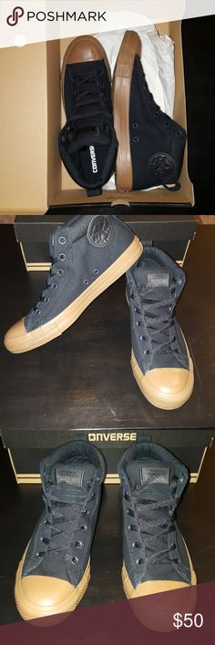 NEW Converse all star street mid Chuck Taylor NEW Converse all star street mid unisex Padded ankle collar Men's 9 Women's 11 Converse Shoes Sneakers