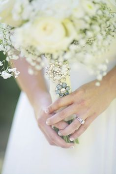 brooch bouquet | Anna Pociask #wedding