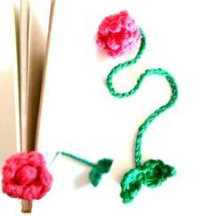Flower Bookmark Free Crochet Pattern through TheYarnBox.com