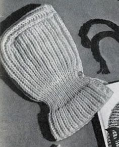 Ribbed Hat knitting pattern from Lacey's Speed Knits for Tiny Tots, originally published by T.M. Lacey, Volume 31.
