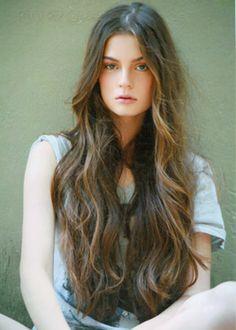 long wavy hair!