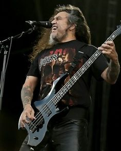 Tom Araya of Slayer . . . . #slayer #tomaraya #espartist #bassplayer #bass #bassguitar #bassist #heavymetal #thrashmetal #80s #90s #metalheads #longlivemetal #metalhead #slayerfans #heavymetal #thrashmetalmusic #metal #metalmusic #heavymetalmusic #heavymetalband #heavymetalfans #metalfans #metalmusicfans #thrashmetalfan