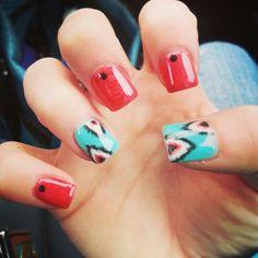 SOgel nails.