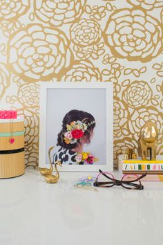 Customize a favorite photo with a 3-D floral twist.