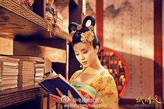 """""""The fabulous gowns and robes worn in the drama are designed to give the audience the visual sensation of experiencing what the royals might have worn when ancient China was at its peak of wealth and power in a golden age of cosmopolitan culture. The Tang dynasty was one of the greatest dynasties in history, with its capital being the ancient world's most populous city."""""""