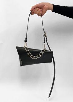 VXS C | VENCZEL Diy Leather Clutch, Leather Bag Pattern, Studio 54, Small Shoulder Bag, Leather Shoulder Bag, Fashion Handbags, Fashion Bags, Creative Bag, Beautiful Bags