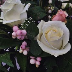 nice vancouver florist Snow berries ! #bridal #afterlight #vancouverweddings by @rogue_florist  #vancouverflorist #vancouverflorist #vancouverwedding #vancouverweddingdosanddonts
