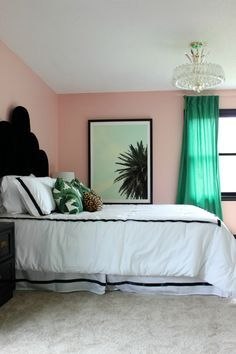 Well Traveled Master Bedroom Makeover Reveal - DO NOT miss this master bedroom! It combines bold black and white, a touch of green, pink and a dash of Palm Beach! Lots of great DIY project ideas for bedrooms in this article! Glam Bedroom, Bedroom Black, Trendy Bedroom, Home Decor Bedroom, Modern Bedroom, Diy Home Decor, Bedroom Ideas, White Bedrooms, Contemporary Bedroom