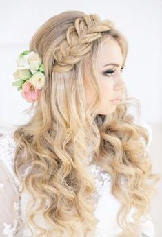 romantic wedding hairstyle with a braid #weddinghairstyles