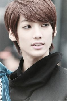Image in Boyfriend ♥ collection by Cherry on We Heart It Boyfriend Kpop, Love Boyfriend, Boyfriend Memes, Youngmin Boyfriend, Jo Youngmin, Korean K Pop, K Pop Star, Gangnam Style, How To Have Twins