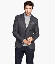 Dress up for date night in this slim-fit dark gray blazer with premium wool, decorative handkerchief, and inner pockets. Layer over a sweater to keep the look relaxed. | H&M Men's Classics