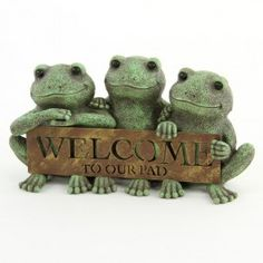 """5.25""""X11"""" WELCOME FROG SIGN"""
