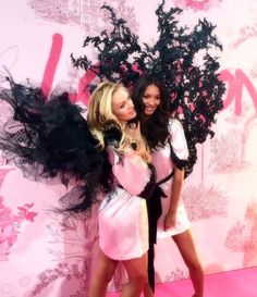 Candice Swanepoel and Lais Ribeiro at the backstage of VSFS 2014 London - bombshellcandice-s