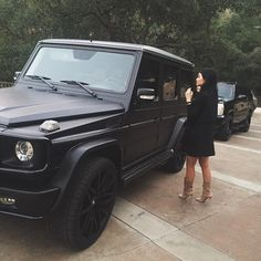 Kylie Jenner takes the wheel as she drives Tyga around town Nice set of wheels: Kylie posted this snap of herself standing next to her huge black Mercedes-Benz SUV, captioned, simply,'The Wagon' Mercedes Benz Suv, Mercedes G Wagon, Gwagon Mercedes, Mercedes Girl, Jeep Wrangler Sahara, Kylie Jenner Auto, Kendall Jenner, Kylie Jenner Pregnant, My Dream Car