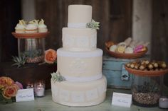 Southwestern cake? Heavenly Blooms: Spanish Bridal Fashion with Mexican Wedding Inspiration - Papel Picado and Succulents