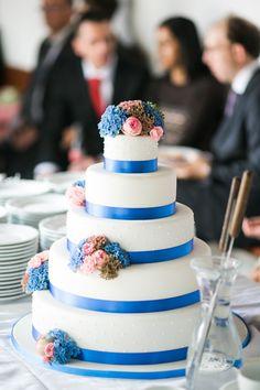 Für den schönsten Tag im Leben darf es nur die schönste Hochzeitstorte sein. Natürlich von Nicola Fürle aus Salzburg! Salzburg, Cake, Desserts, Food, Kuchen, Life, Nice Asses, Tailgate Desserts, Deserts