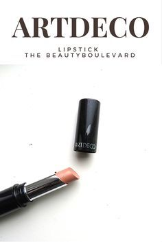 I love this Artdeco lipstick. This lipstick is matte, but also really creamy. Perfect for fair skin and not too dark. I love all the colors this lipstick has.