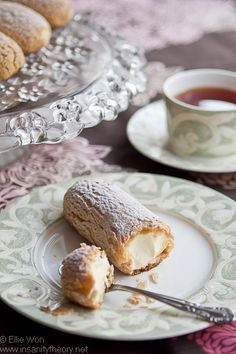 Laduree Vanilla Eclairs, looks yummy! Best Dessert Recipes, Fun Desserts, Sweet Recipes, Cupcakes, Cupcake Cakes, Eclair Recipe, Best Eclairs Recipe, Creative Food, Creative Ideas