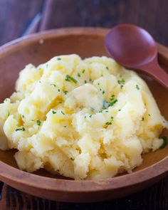 Very Best Mashed Potatoes Recipe with No cream, no milk just Potato and Butter.. | steamykitchen.com ~ http://steamykitchen.com