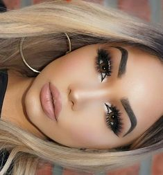 """"""""""" Image about beauty in Make Up by MarocainGirl """""""" Shared by palloo. Find images and videos about make up, beauty and makeup on We Heart It – the app to get lost in what you love. Makeup On Fleek, Kiss Makeup, Flawless Makeup, Cute Makeup, Perfect Makeup, Gorgeous Makeup, Pretty Makeup, Hair Makeup, Simple Makeup"""
