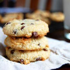 Simple Chocolate Chip Cookies #justeatrealfood #paleogrubs