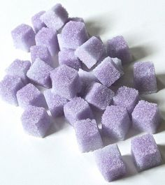 Lavender Flavored Sugar Cubes for Champagne Toasts,Tea Parties, Favors, Lemonade Champagne Toast, Sugar Cubes, Malva, All Things Purple, Partys, High Tea, Chocolates, Cookies Et Biscuits, Tea Time