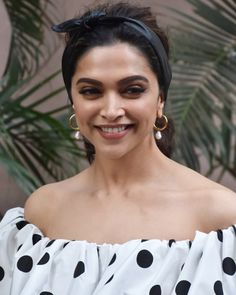 Deepika Padukone Rocks A Retro Polka Dress As She Heads For Promotions Of Chhapaak - HungryBoo Bollywood Designer Sarees, Bollywood Saree, Bollywood Fashion, Bollywood Actress, Celebrity Fashion Looks, Celebrity Style, Dipika Padukone, Deepika Padukone Style, Bollywood Couples