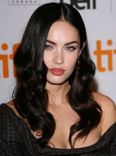 11 Beauty Lessons We Learned From Megan Fox:  6. A MIDDLE PART CAN BE SEXY—WITH THE RIGHT HAIRSTYLE. A center part with stick-straight hair can conjure up visions of grade-school picture day, but Fox pulls it off with grown-up undulating waves and not a hint of school girlishness.